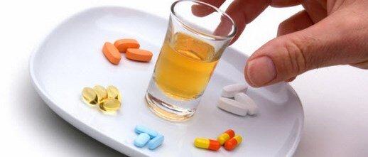 antibiyotik kullanirken alkol almak zarali midir